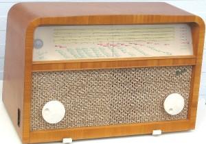 Gammal hederlig rundradio